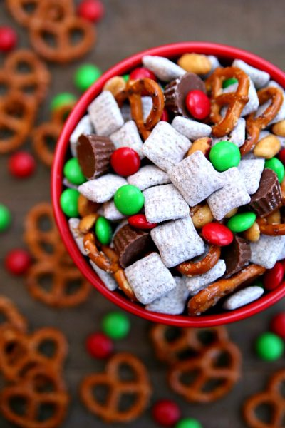 Reindeer Chow Holiday Snack Mix