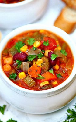 The best vegetable soup recipe!
