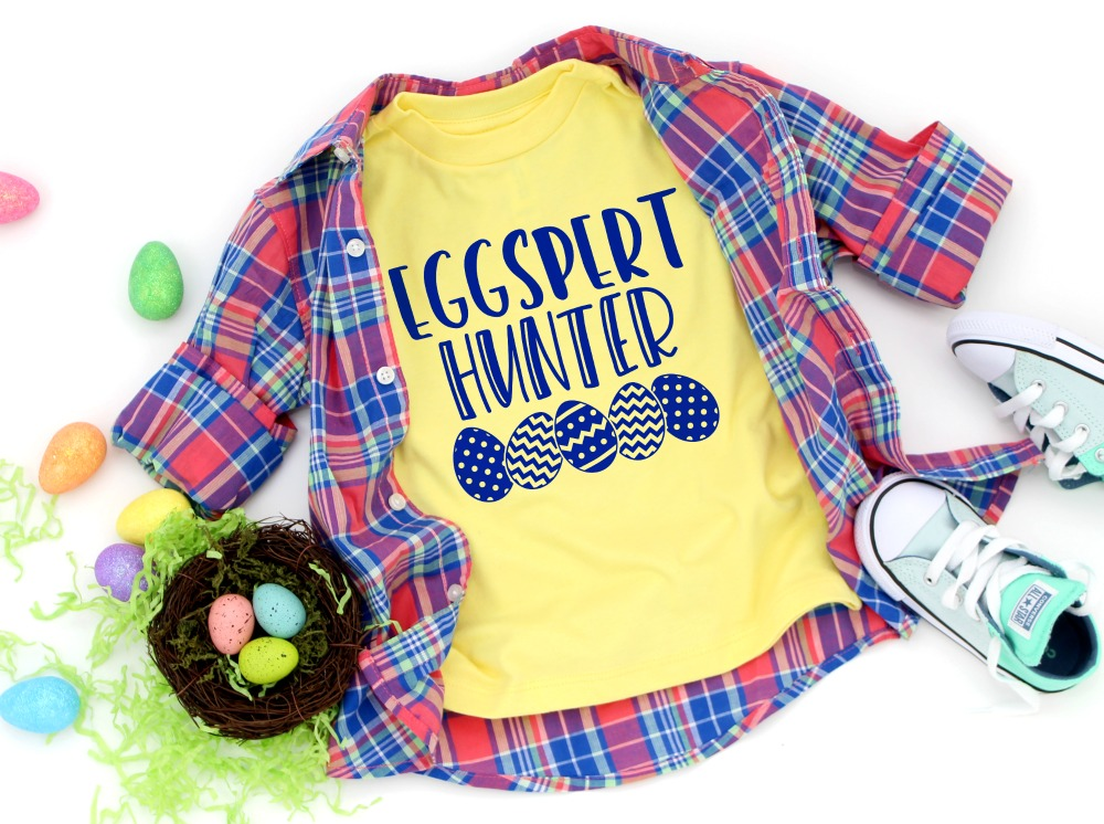 Eggspert Hunter Cut File on T-shirt