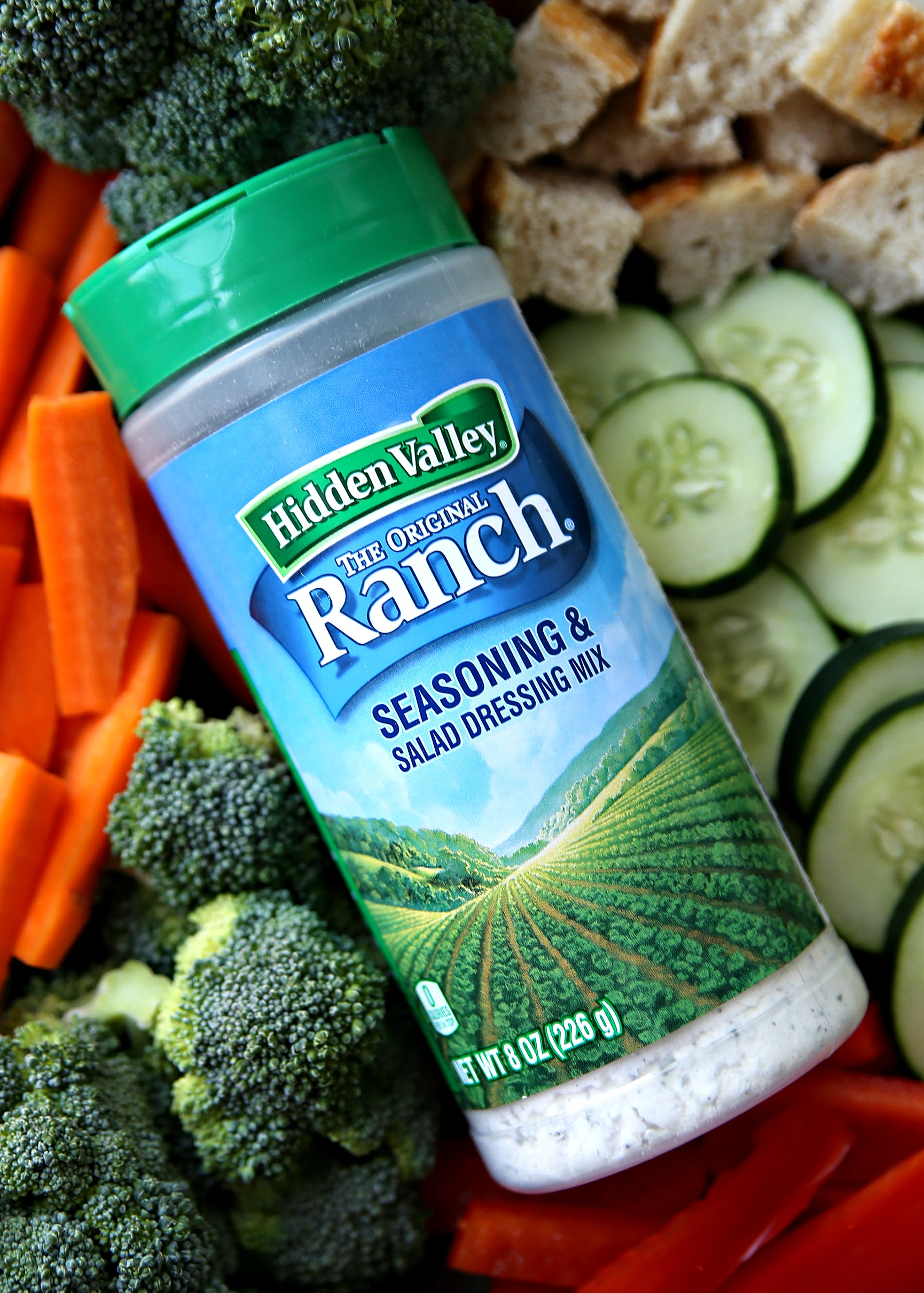 Ranch Seasoning with vegetables and bread