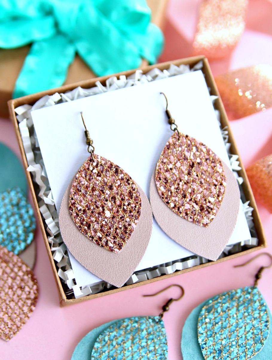 Leather Earrings Cricut Project