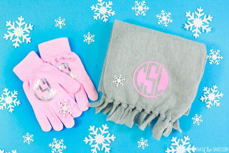 Personalized Scarf & Gloves Gift Set made with Explore Air 2